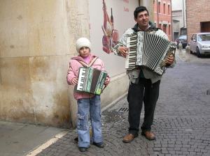suonatori romeni bianca e kostica